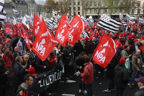 Il y a du rouge sur les bonnets rouges (pm) dans Luttes sociales en Bretagne 23358_image.preview